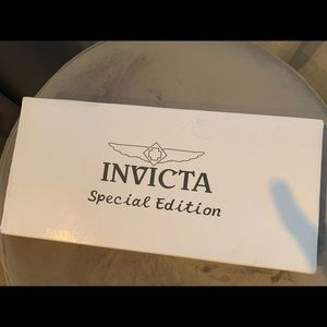 Invicta pink watch set